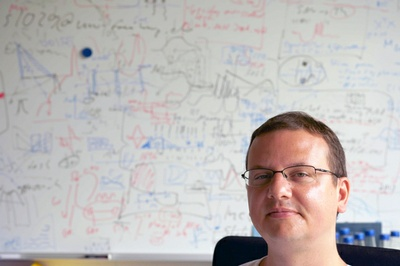 Time to Say Goodbye! Junior research group leader Robert Schmidt to become Professor at Sheffield University